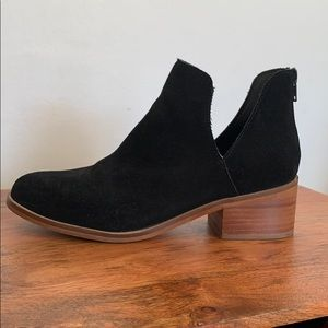 Steve Madden Cut Out Black Booties Size 7